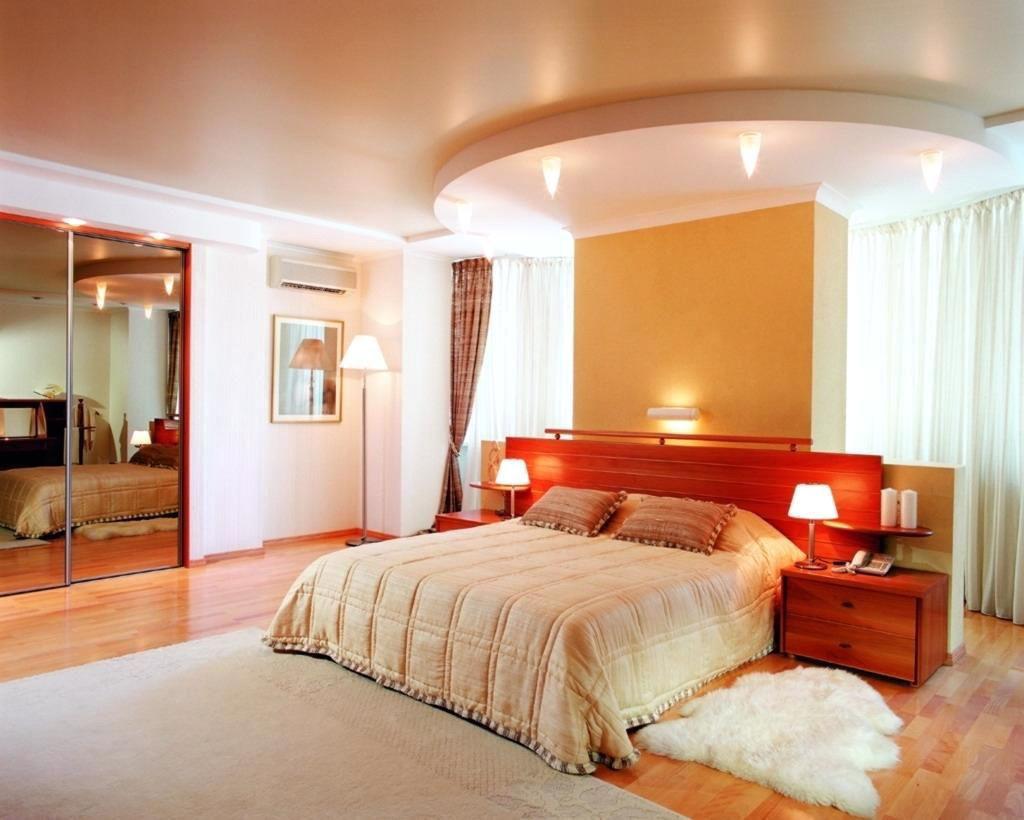 Спальни интерьер потолок 50
