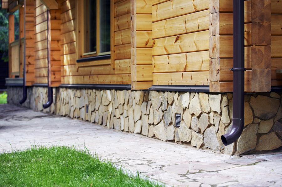 Фундамент деревянного загородного дома
