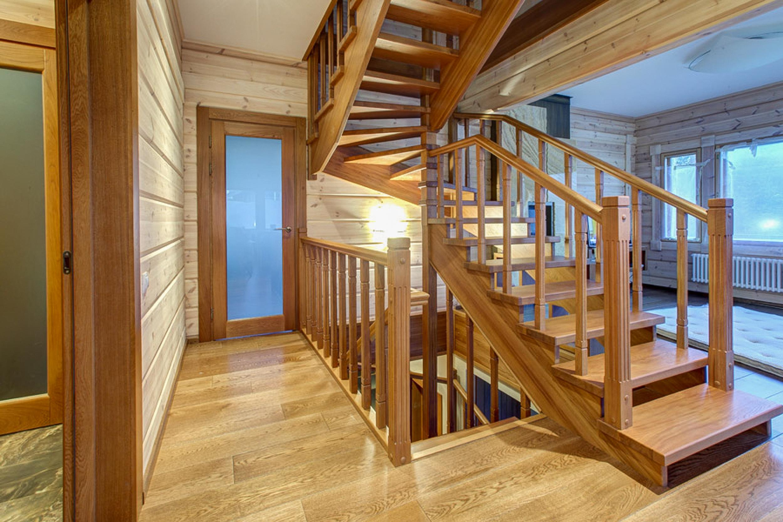 Деревянные лестницы для домов
