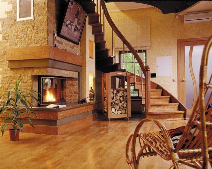 Как подобрать лестницу в частный дом