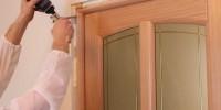 Как установить дверь своими руками