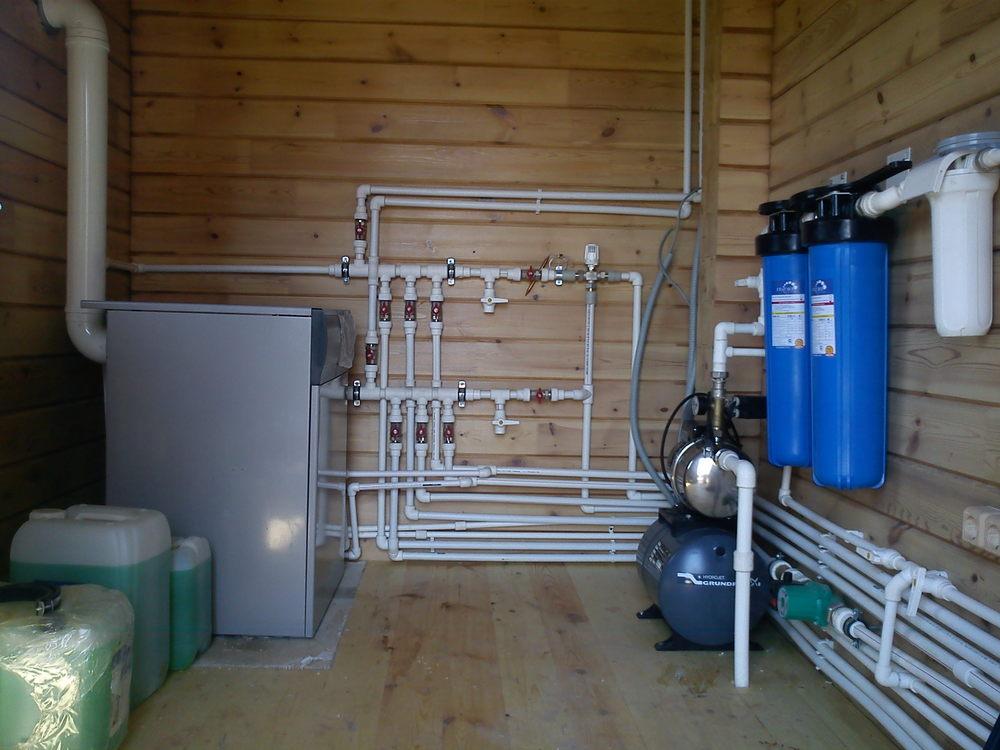 Монтаж водоснабжения в загородном доме и коттедже
