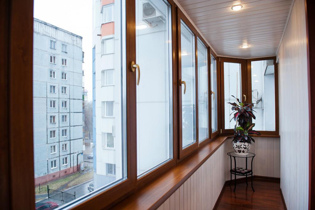 Отделка балконов под ключ