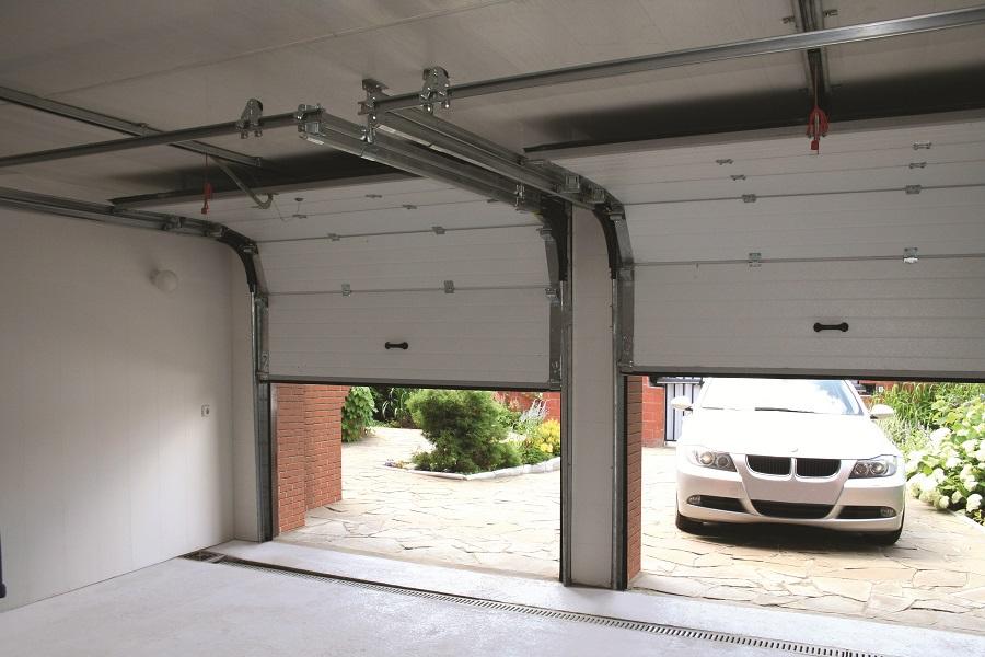 Установка автоматических гаражных ворот