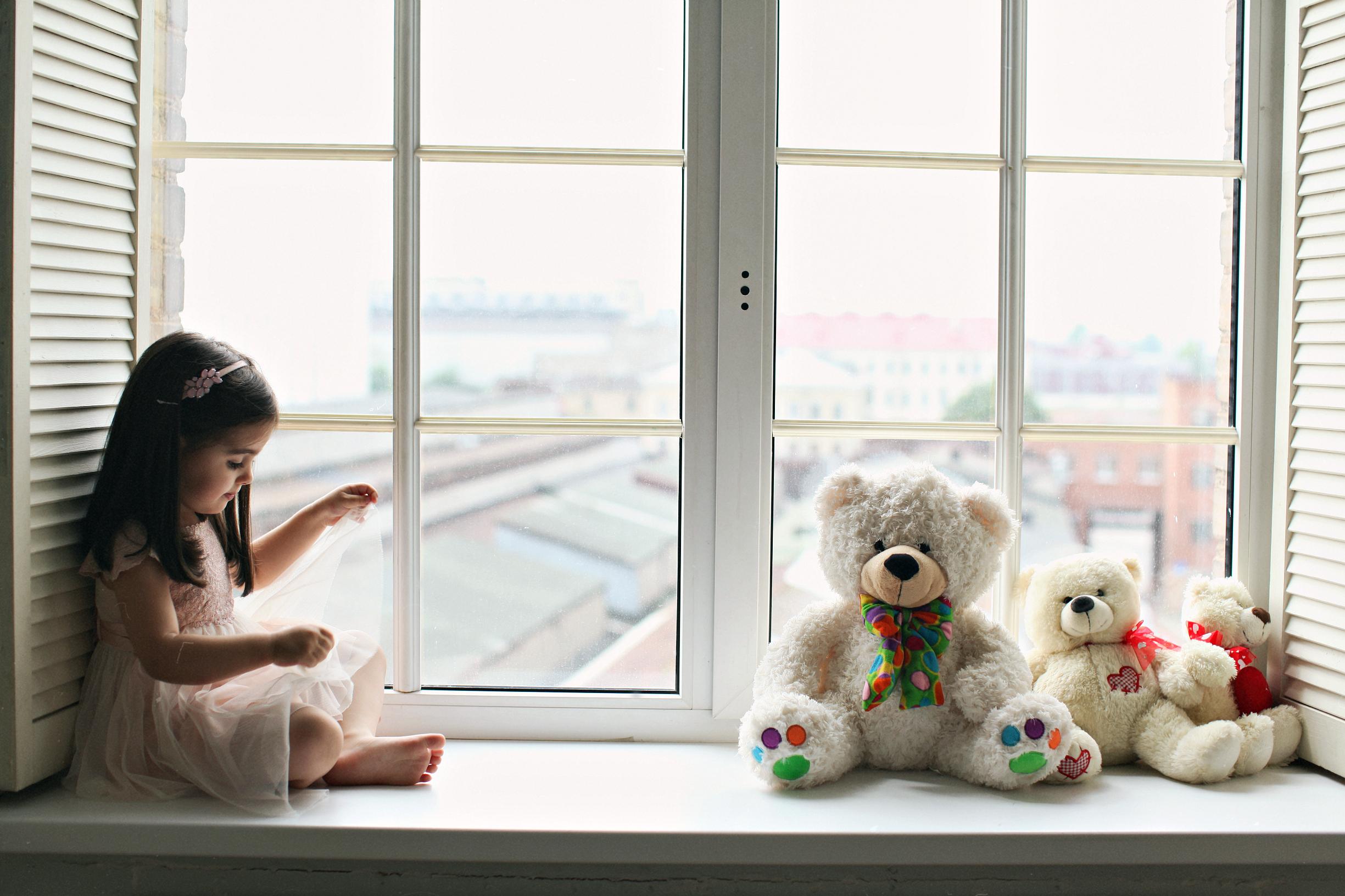 окно для детской комнаты